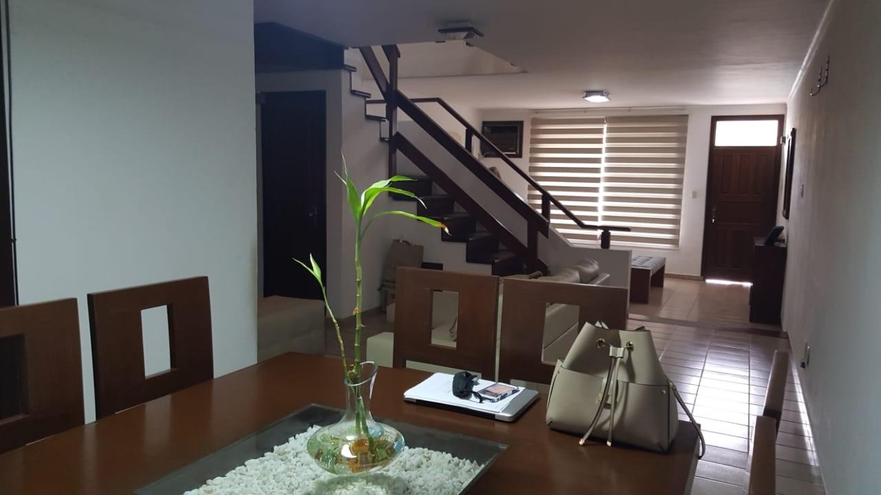 Casa en Venta C/CHARCAS ENTRE 1er Y 2do  ANILLO BONITA CASA EN VENTA  Foto 8