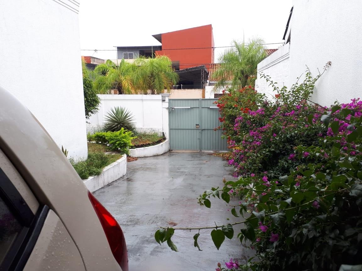 Casa en Alquiler Av Piraí y 4to anillo  Foto 39