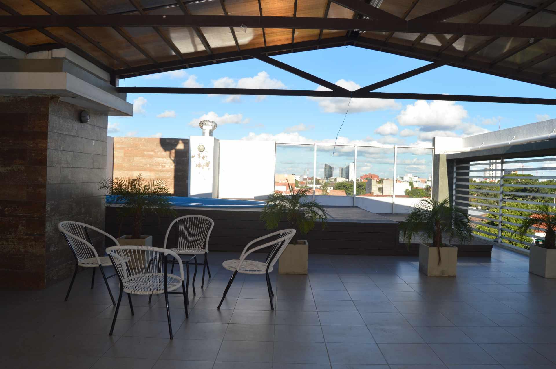 Departamento en Alquiler Zona Norte, 3er Anillo Externo, Radial 27, Condominio Portofino III, Piso 2. A menos de 3 minutos de zona empresarial de Equipetrol y Mall Ventura. Foto 14