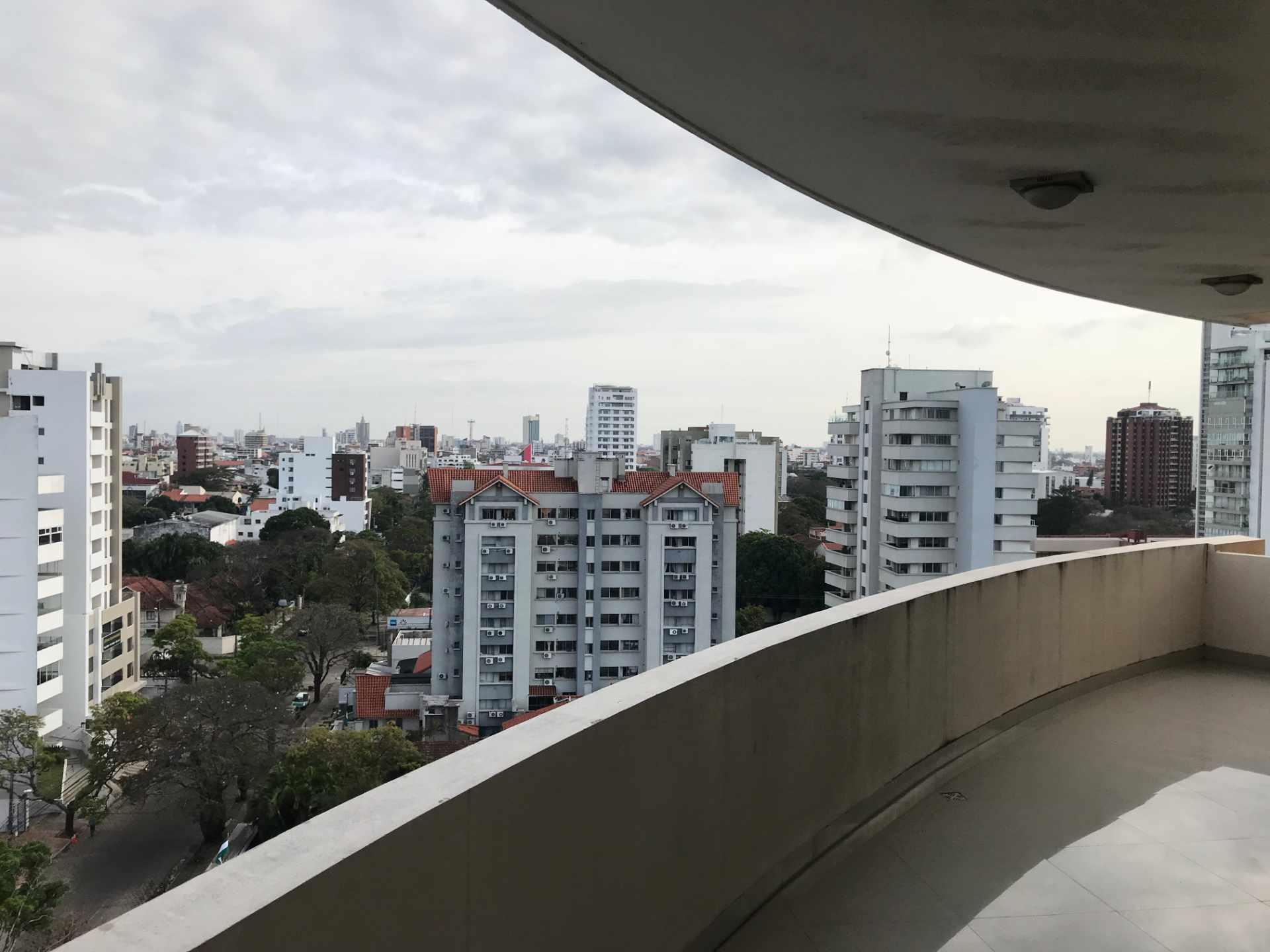 Departamento en Venta Torre Elvira de Mendoza, sobre c/Elvira de Mendoza entre Av. Las Américas y c/Monseñor Santistevan. Foto 3