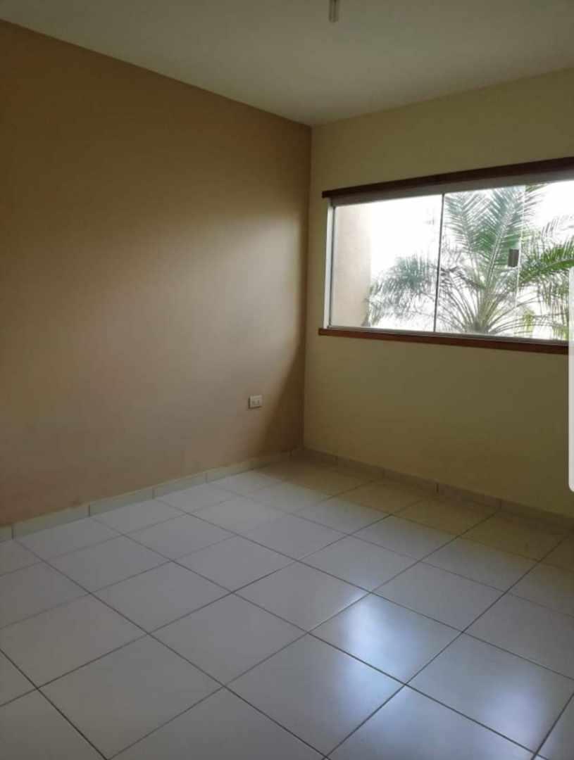 Casa en Venta Urb. Chiriguano zona Av. Santos dumont 6° y 7° Foto 7