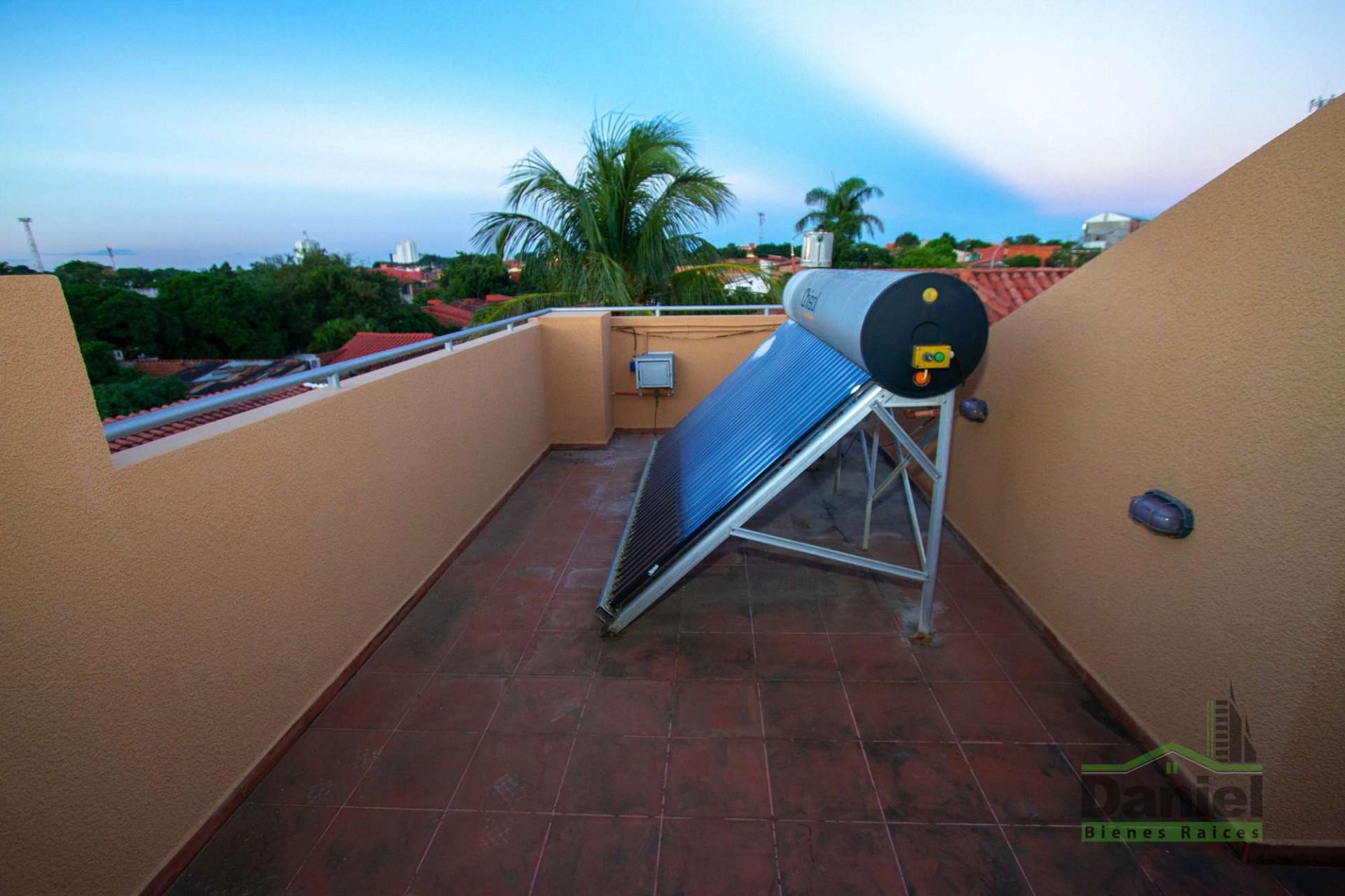 Casa en Venta CASA GRANDE ENTRE 4TO Y 5TO ANILLO RADIAL 27 Foto 5