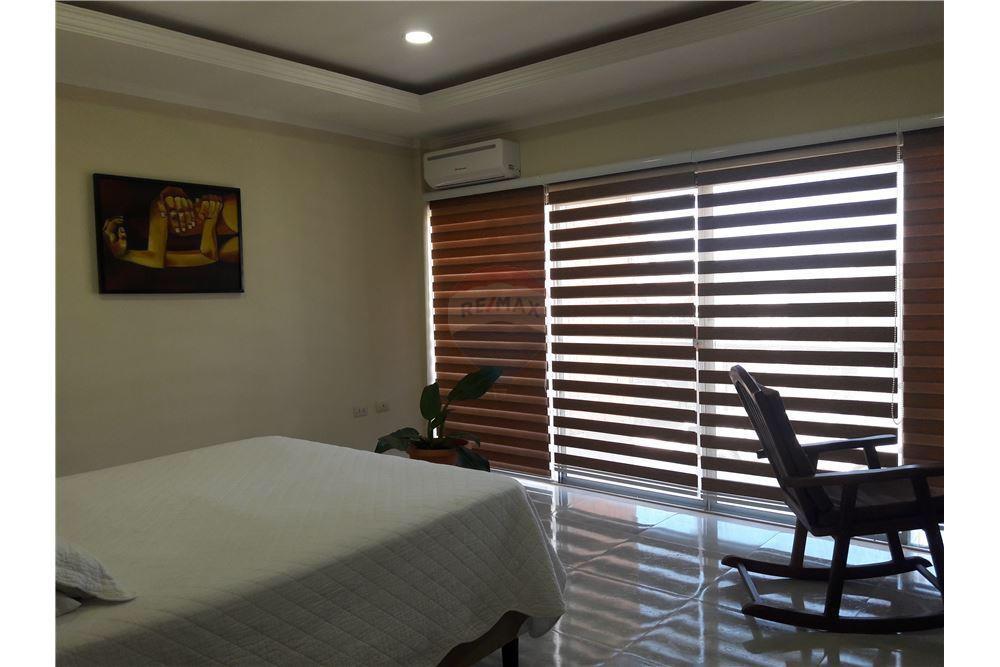 Casa en Venta Radial 26 5º Anillo Condominio los Mangales  Foto 22