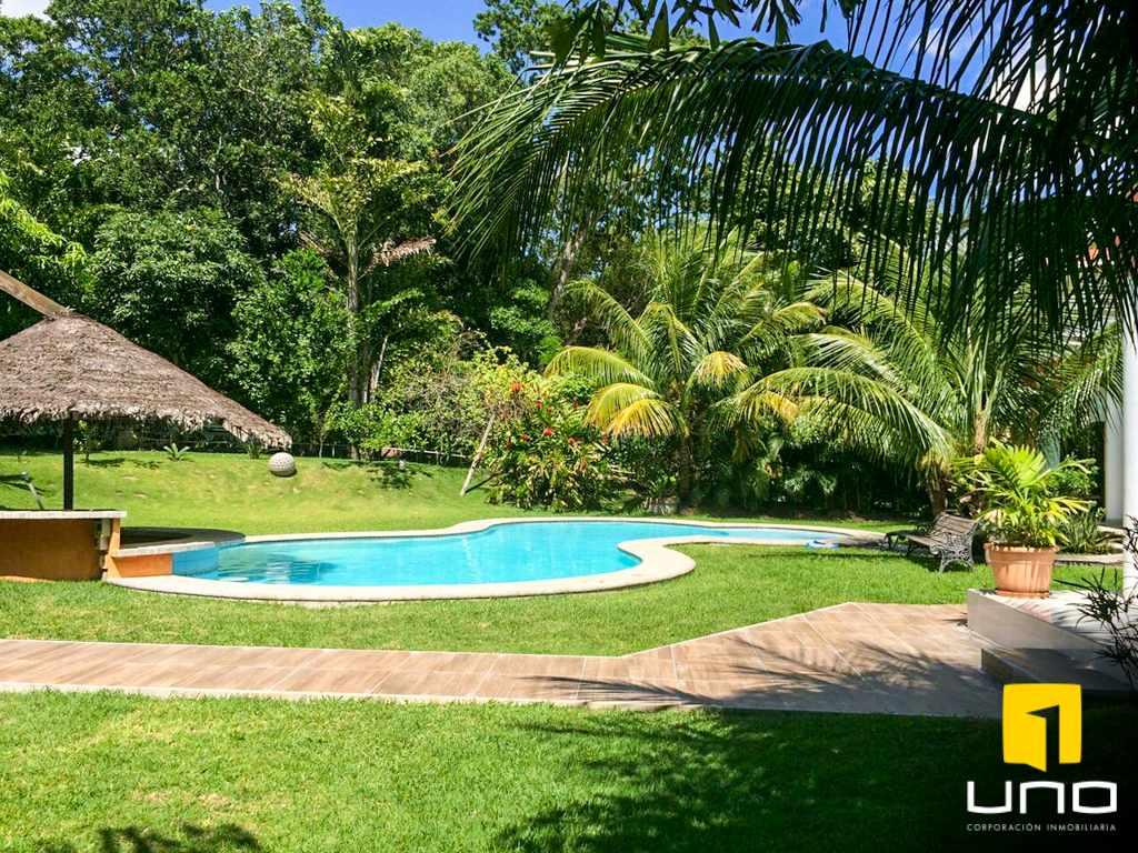 Casa en Alquiler Colinas del Urubo alquilo amplia residencia Foto 3