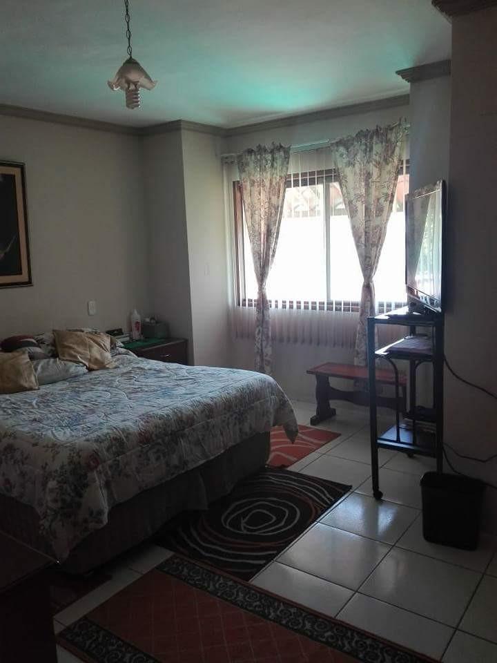 Casa en Anticretico BANZER 4 Y 5 ANILLO Foto 6