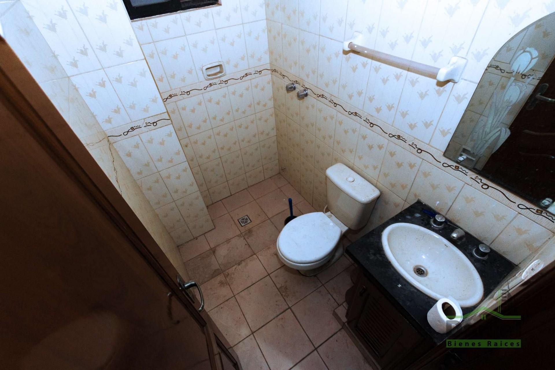 Casa en Venta CASA GRANDE ENTRE 4TO Y 5TO ANILLO RADIAL 27 Foto 8