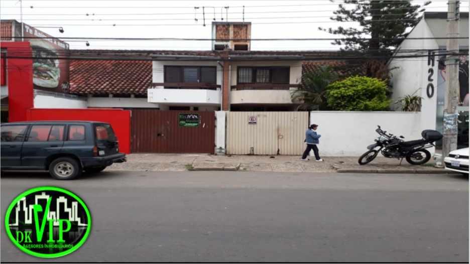 Casa en Alquiler Equipetrol 3er y 4to Anillo Foto 2