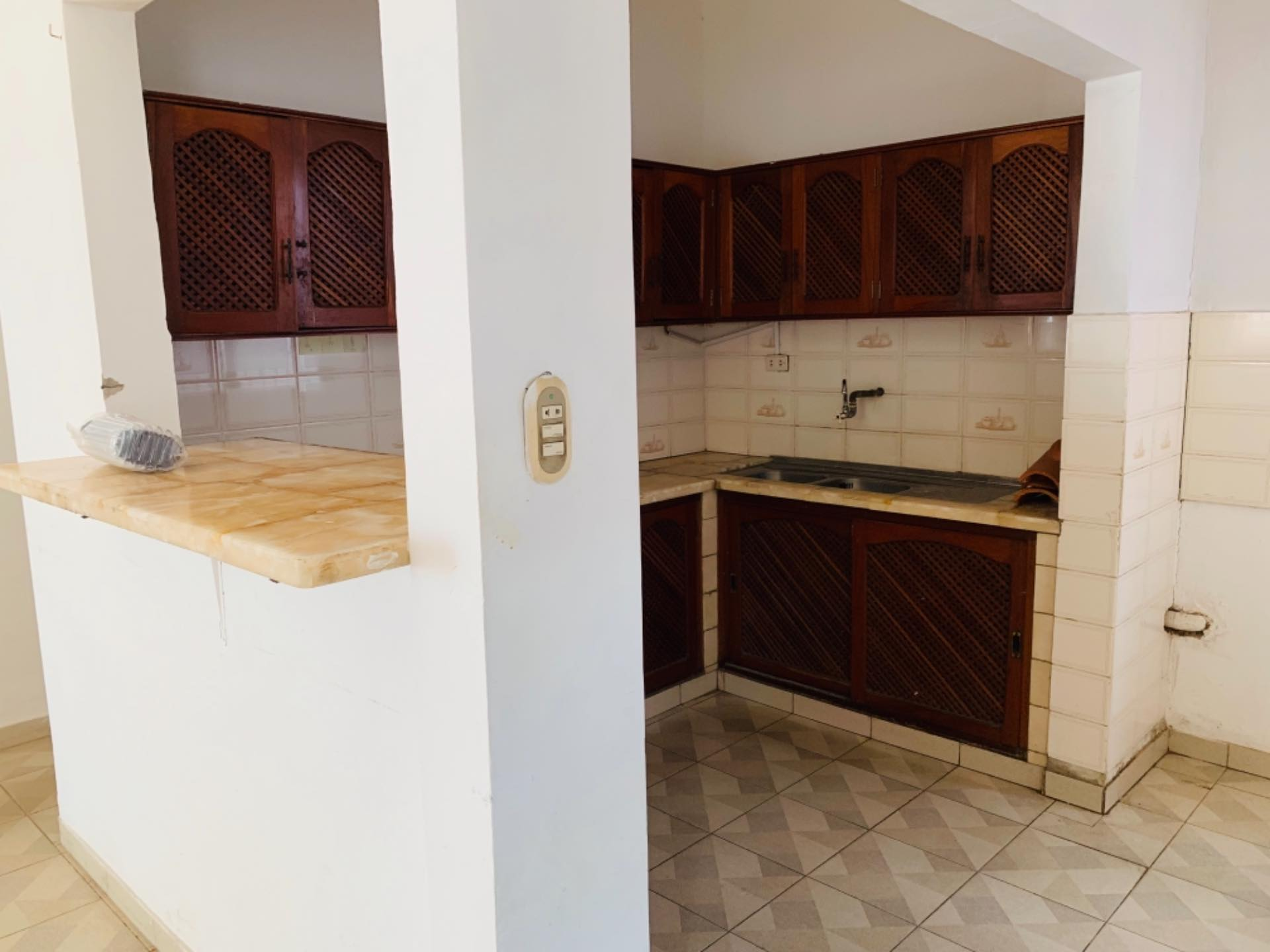 Casa en Alquiler Barrio Equipetrol entre 3er y 4to Anillo Foto 4