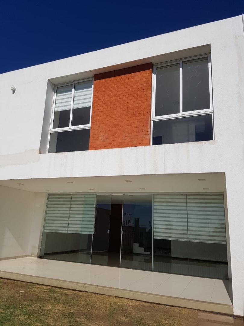 Casa en Alquiler Cond. Costa Dorada 4 anillo y calle San Colosenses  Foto 5