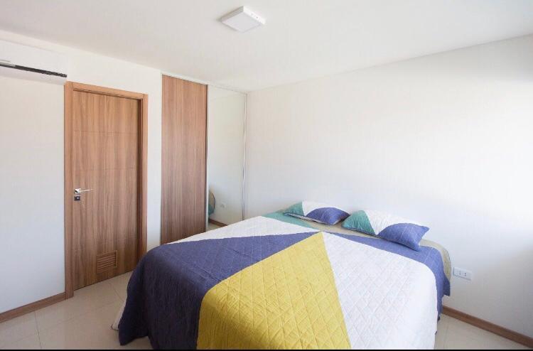 Casa en Alquiler Condominio Las Palmas del Oeste II, Av. Piraí entre 6to y 7mo anillo Foto 8