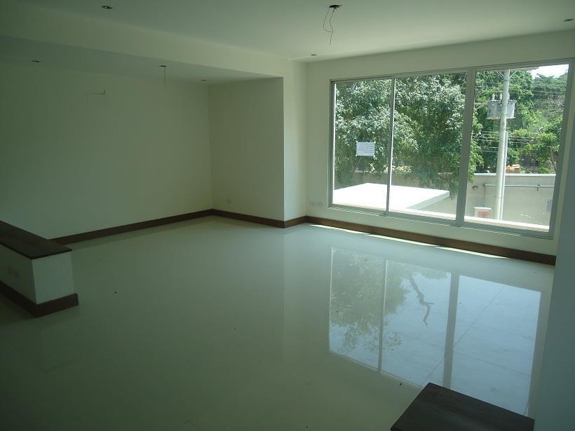 Departamento en Venta Condo Taruma  3 Dormitorios duplex ( A 1 CUADRA DE LA ROQUE Y CORONADO  4 anillo) Foto 16