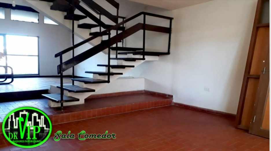 Casa en Alquiler Equipetrol 3er y 4to Anillo Foto 11
