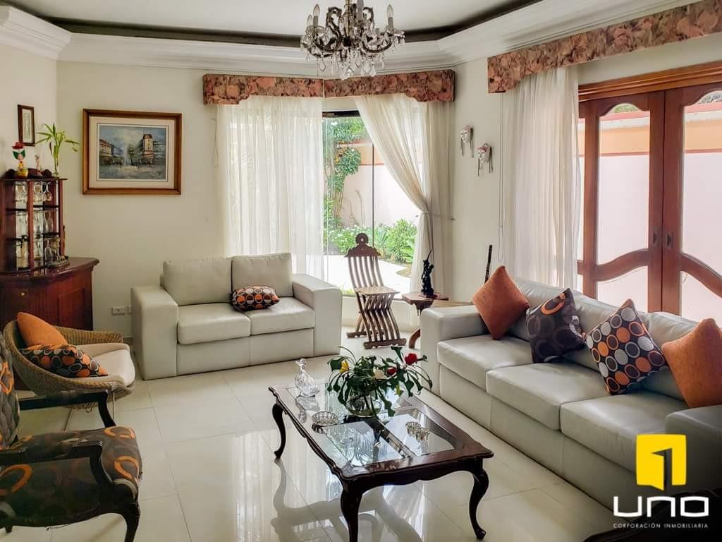 Casa en Venta Hermosa casa en venta Z/Sur a solo 100mts del Parque Urbano Foto 17