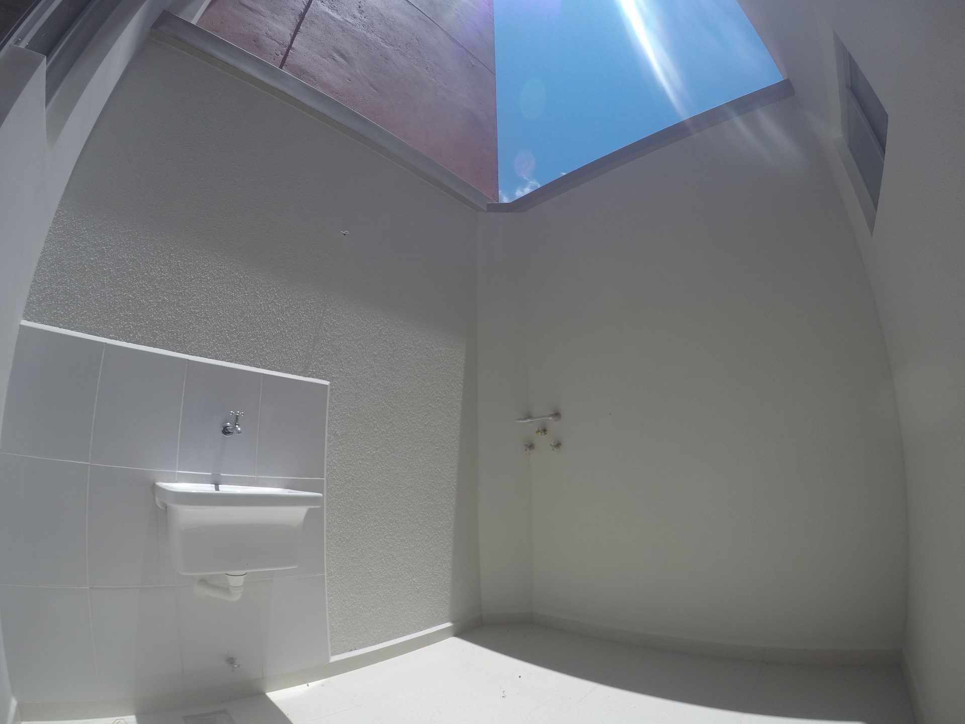 Casa en Alquiler Casa independiente en alquiler a estrenar, próximo a Parque Los Mangales II [Av. Beni y 4to. Anillo], De 3 plantas, 3 dormitorios (2 en suite), con dependencias. [1000$us.] Foto 13