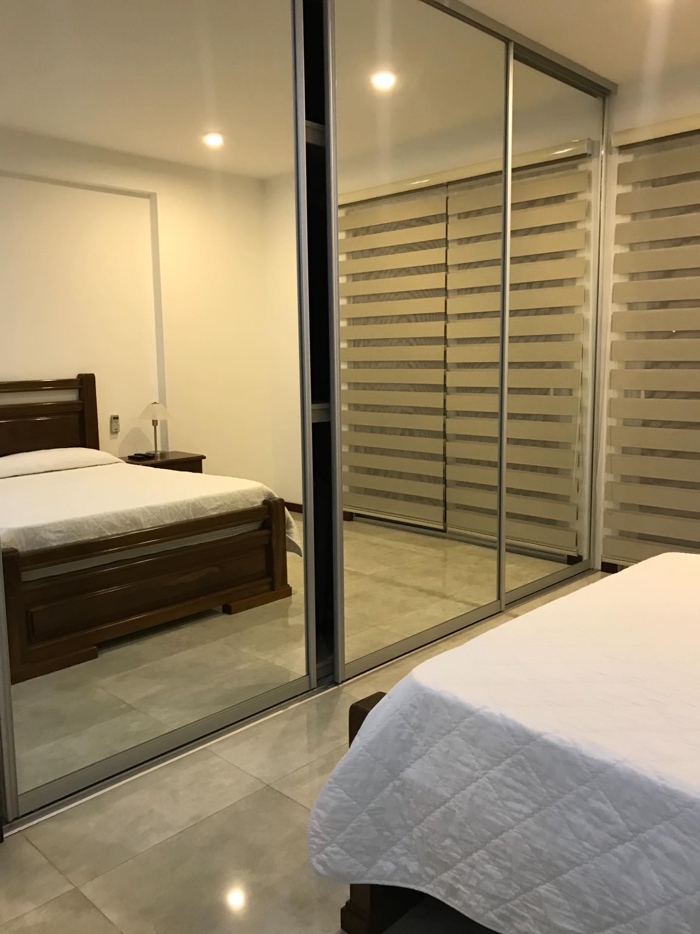 Departamento en Alquiler En exclusivo condominio zona Barrio Las Palmas  Foto 6
