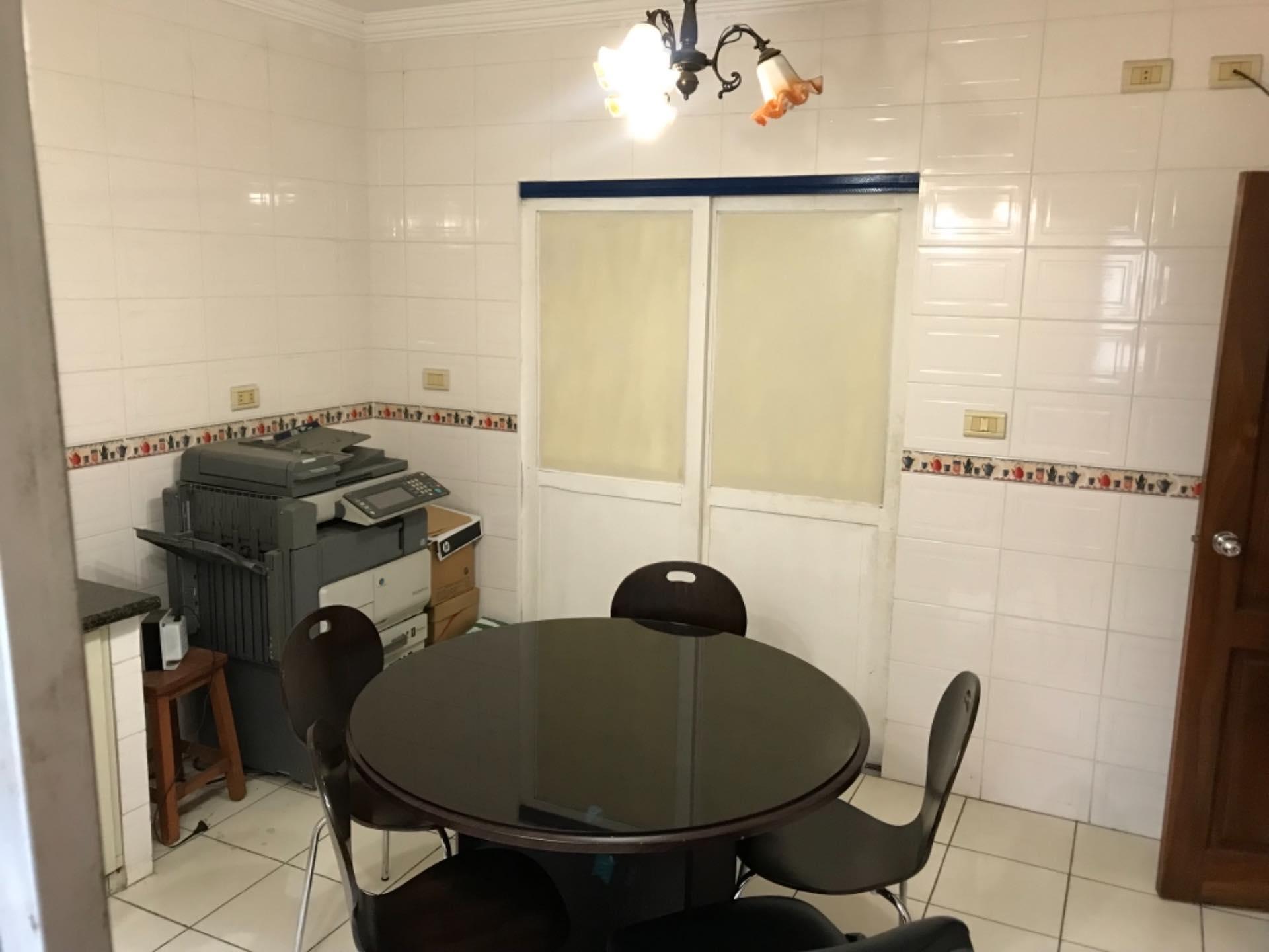 Casa en Alquiler Para empresa- Casa semi independiente - NORTE Foto 6