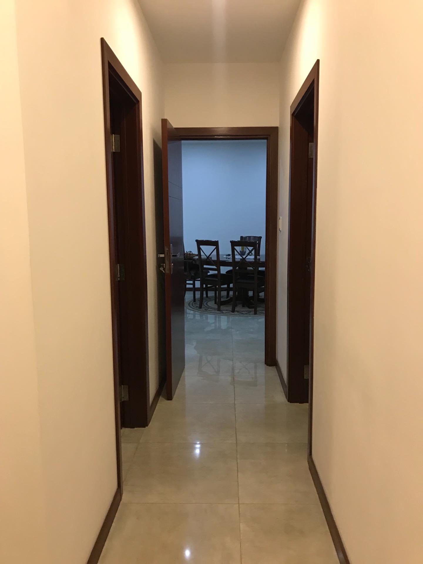 Departamento en Alquiler En exclusivo condominio zona Barrio Las Palmas  Foto 4