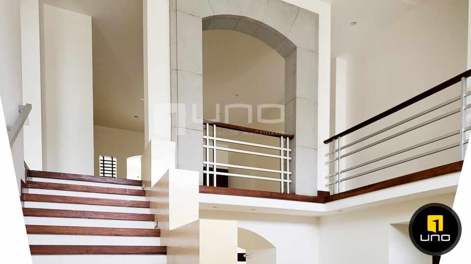 Casa en Alquiler LUJOSA CASA DE 2 PLANTAS IDEAL PARA EMPRESA O VIVIENDA EN EL BARRIO LAS PALMAS Foto 10