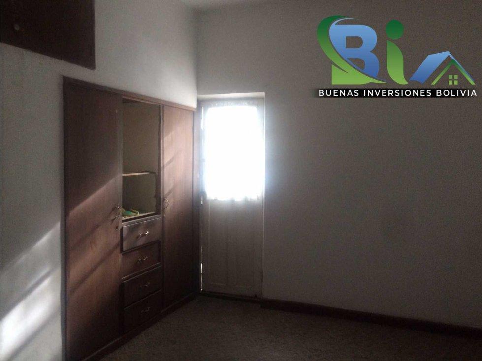 Casa en Alquiler $us 700.- CASA IDEAL OFICINA/VIVIENDA ZONA CENTRAL Foto 16