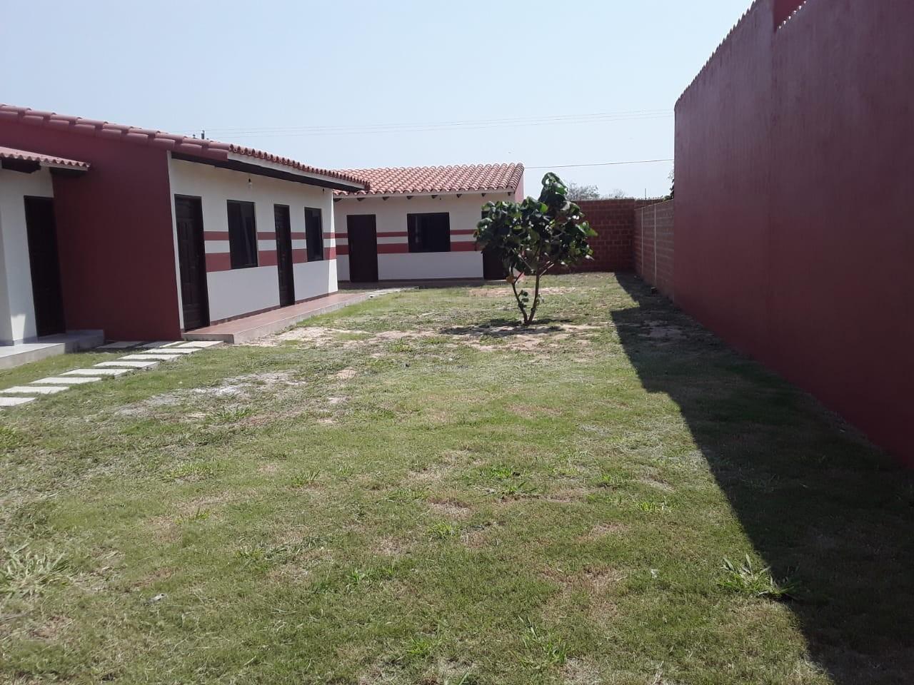 Casa en Venta URBANIZACION LOS PIYOS DOBLE VIA LA GUARDIA KM 9 Foto 11