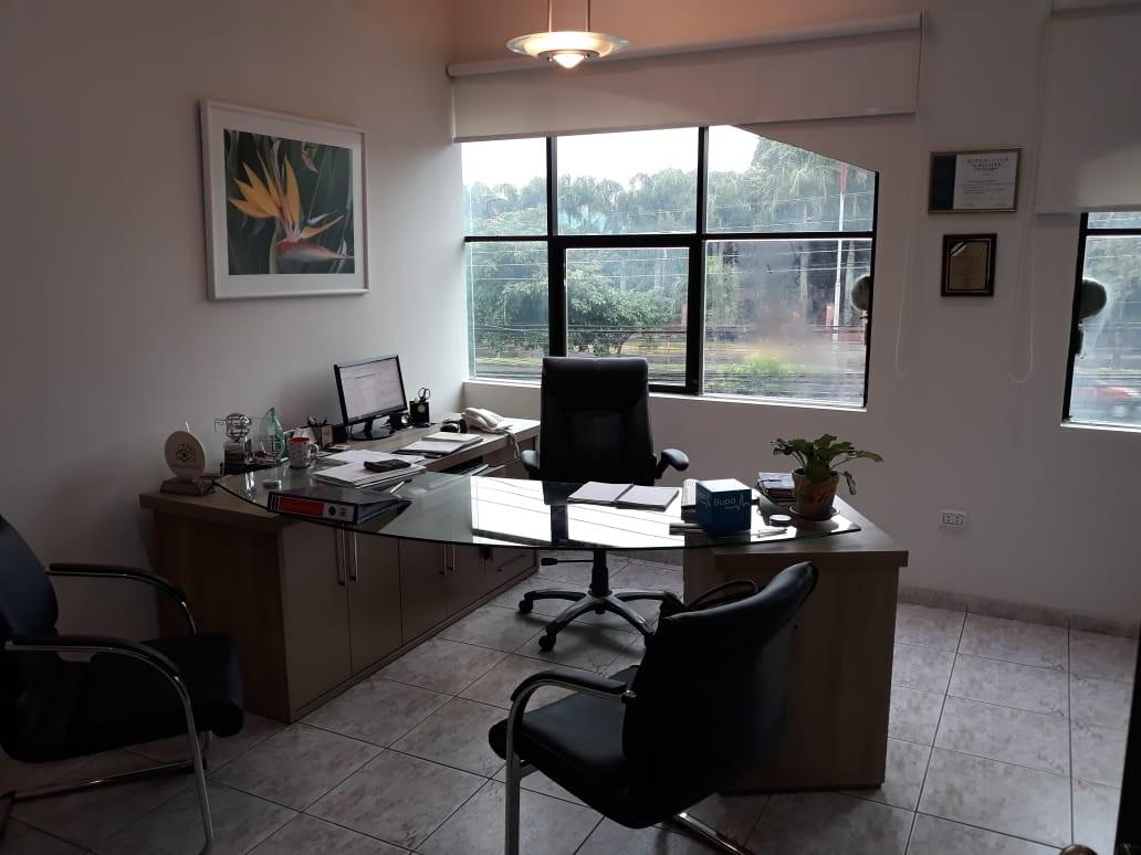 Oficina en Venta Av. Cristobal de Mendoza N°214, esquina calle Libertad Foto 8