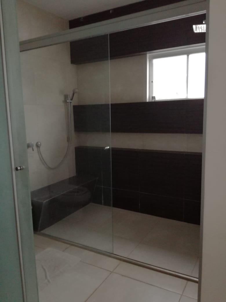 Casa en Alquiler Condominio exclusivo a pocos minutos del puente Urubó  Foto 6