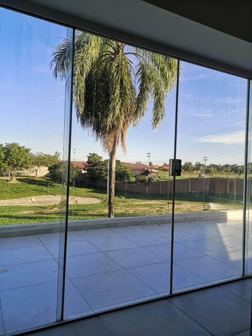 Casa en Venta ¡MODERNA Y AMPLIA CASA EN VENTA EN EL CONDOMINIO CERRADO LOMAS DEL BOSQUE, URUBO! Foto 9