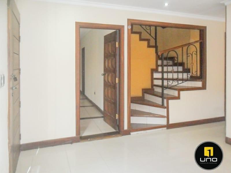 Casa en Alquiler ZONA NORTE, 4TO ANILLO Y CANAL ISUTO IDEAL PARA VIVENDA O EMPRESA Foto 7