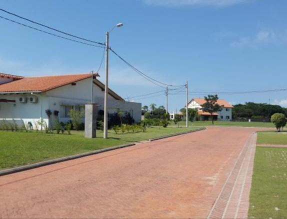 Terreno en Venta Urubo condominio Arelis lado salón de eventos Emperador Foto 15