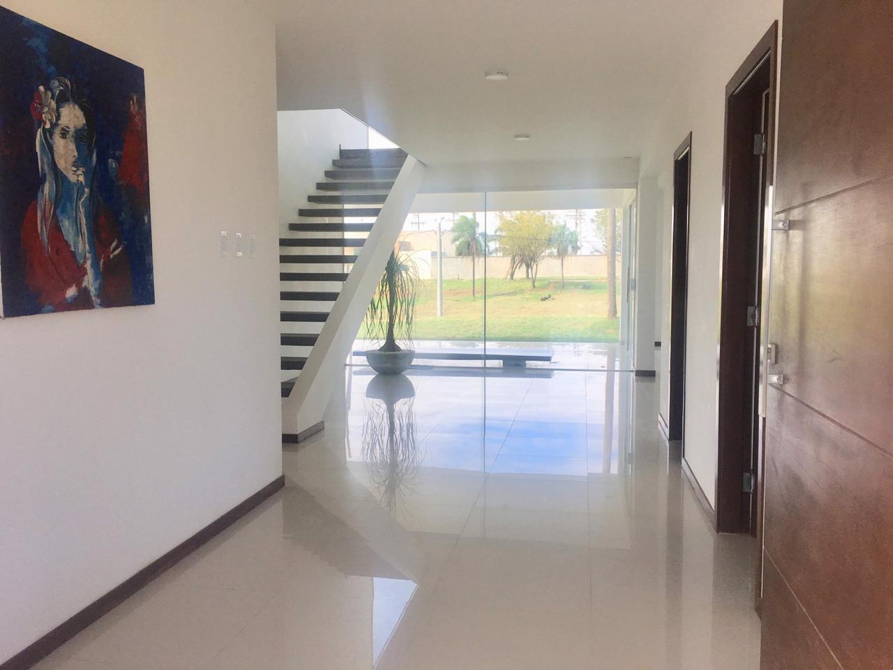 Casa en Venta ¡MODERNA Y AMPLIA CASA EN VENTA EN EL CONDOMINIO CERRADO LOMAS DEL BOSQUE, URUBO! Foto 3