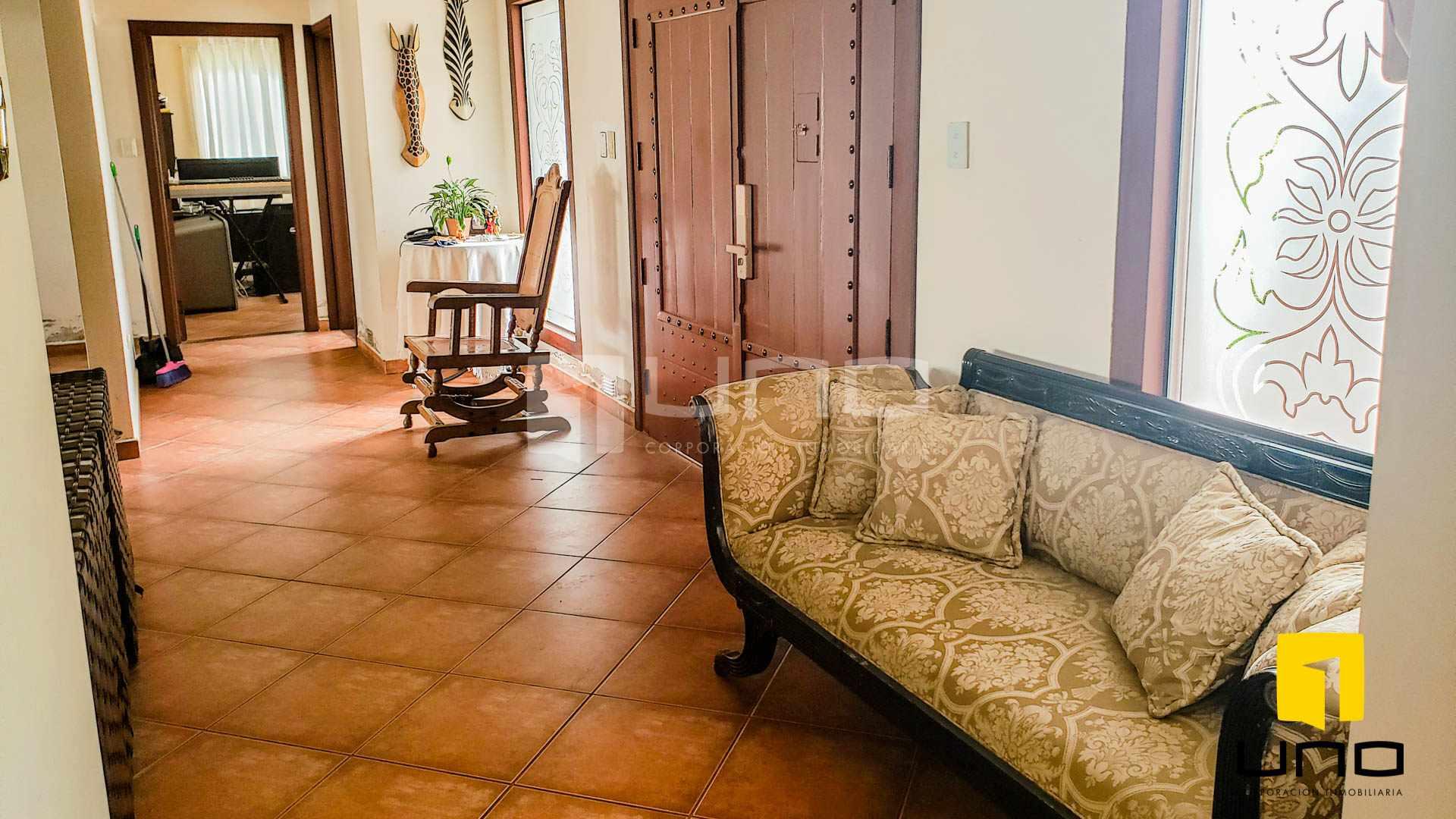Casa en Alquiler COLINAS DEL URUBO I CASA AMOBLADA DE UNA PLANTA Foto 10