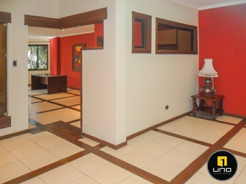 Casa en Alquiler ZONA NORTE, 4TO ANILLO Y CANAL ISUTO IDEAL PARA VIVENDA O EMPRESA Foto 24