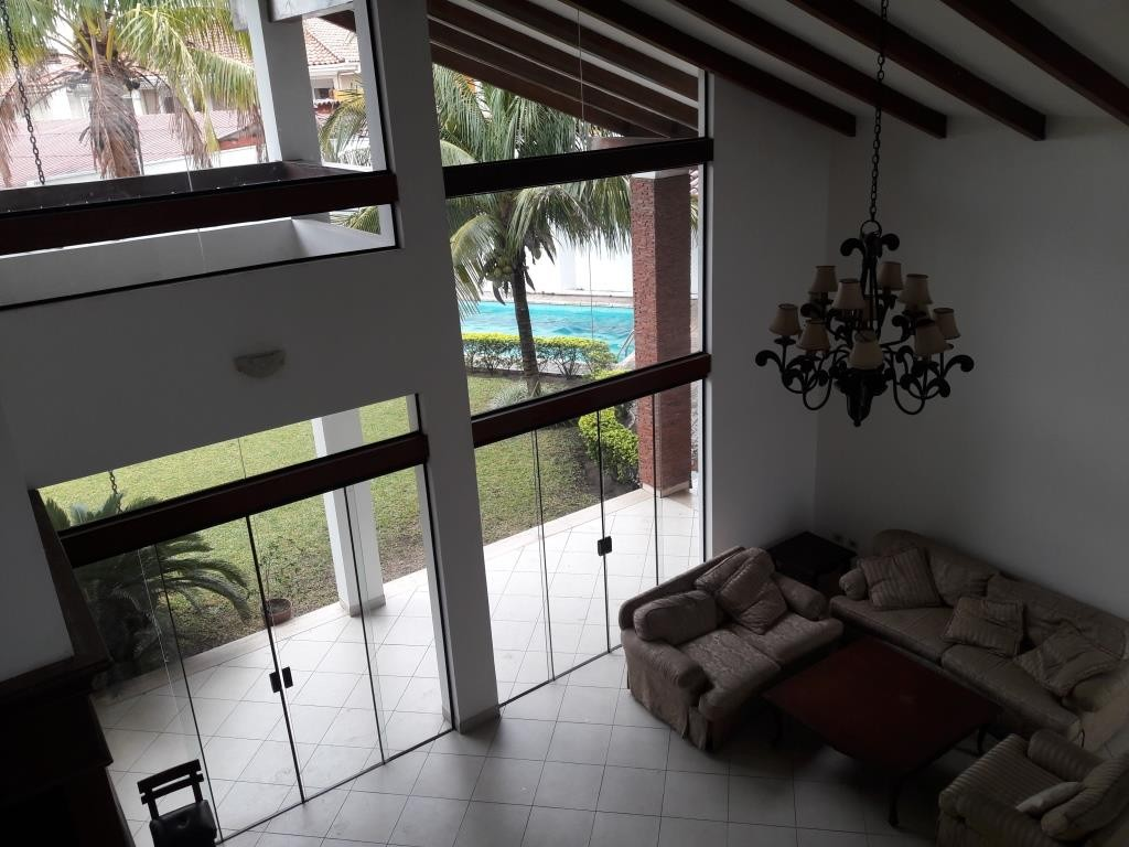 Casa en Alquiler BARRIO LAS PALMAS - AV. RADIAL CASTILLA Foto 15