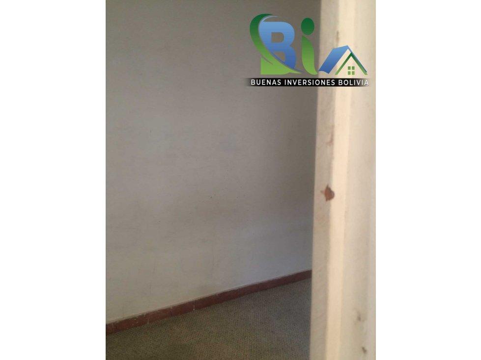 Casa en Alquiler $us 700.- CASA IDEAL OFICINA/VIVIENDA ZONA CENTRAL Foto 10
