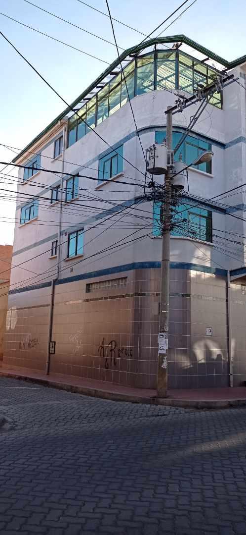 Casa en Venta CALLE 3, CALLEJON 3, ZONA SANTIAGO PRIMERO, EL ALTO. Foto 2