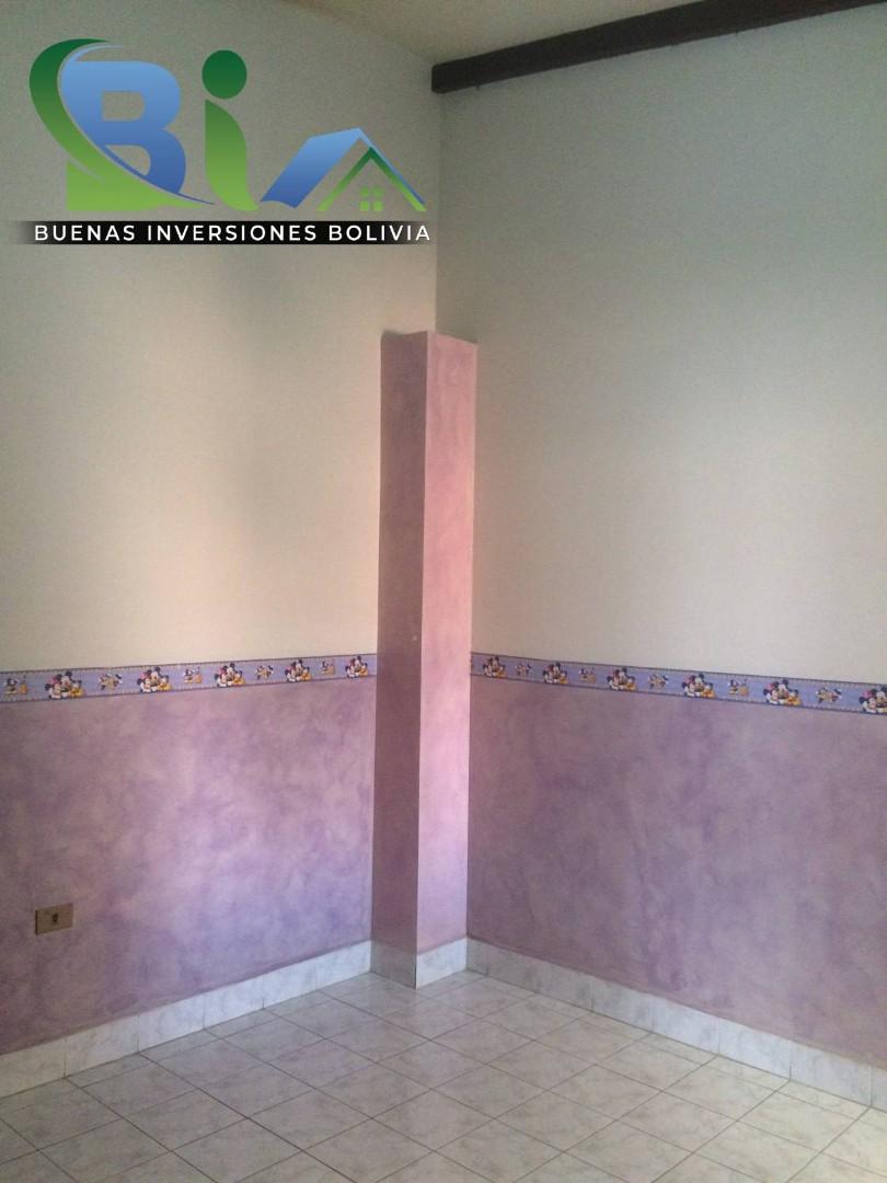 Casa en Alquiler $us.450.- CASA INDEPENDIENTE TRES PLANTAS ZONA CHIMBA PARQUE ACUATICO Foto 6