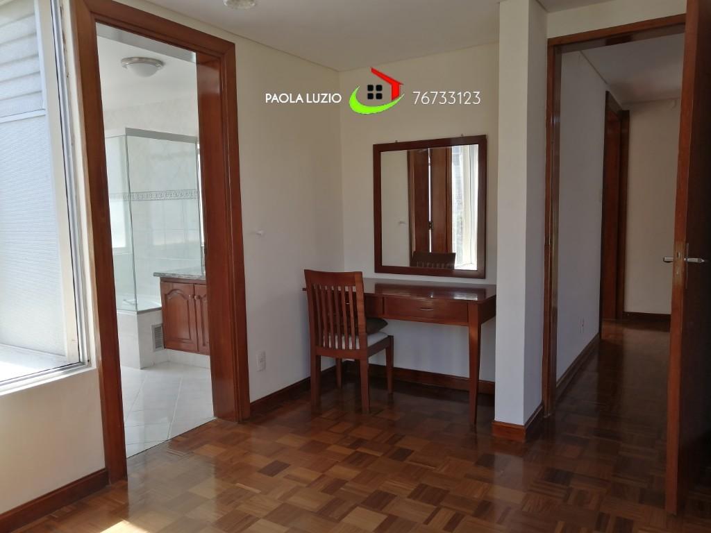 Casa en Alquiler Calacoto  Foto 20