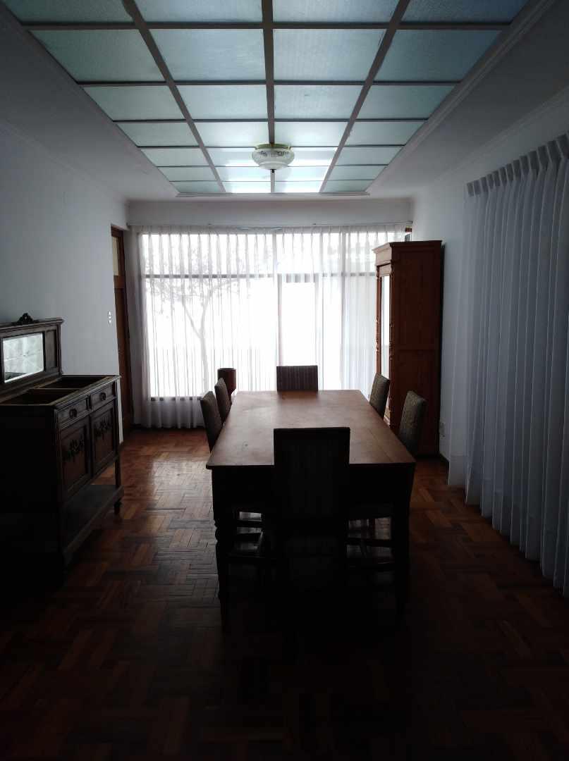 Casa en Alquiler CALACOTO calle 16 a 1/2 cuadra de la Av. Julio C. Patiño.  Foto 37