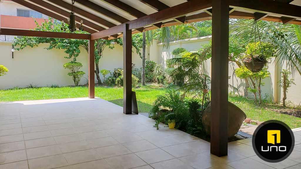 Casa en Venta Hermosa casa en venta en Equipetrol Foto 11