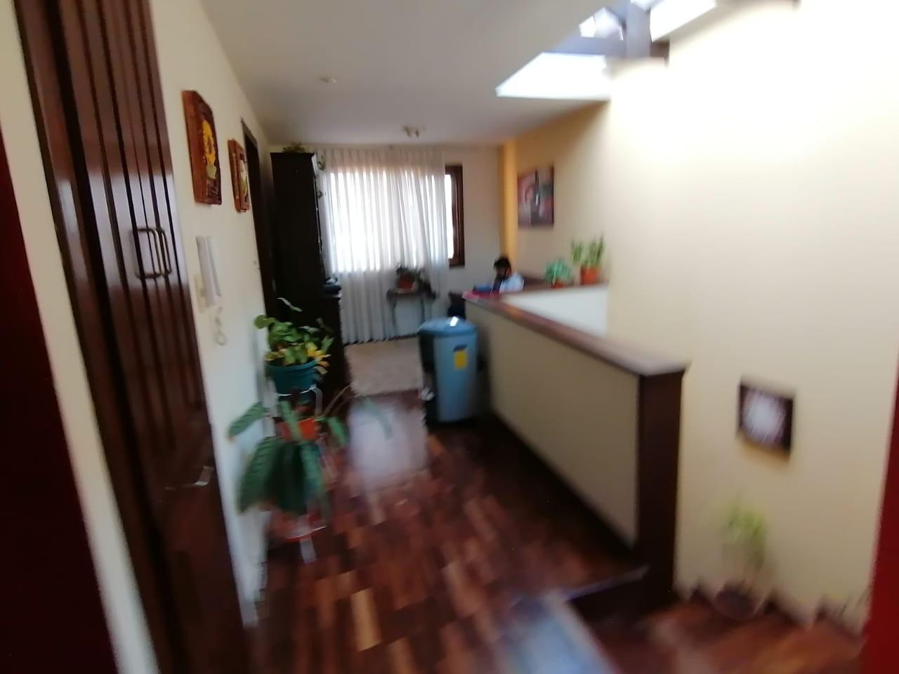Casa en Venta Los Rosales, Achumani Foto 7