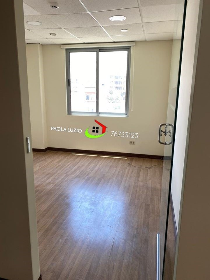 Oficina en Alquiler Calacoto Foto 3