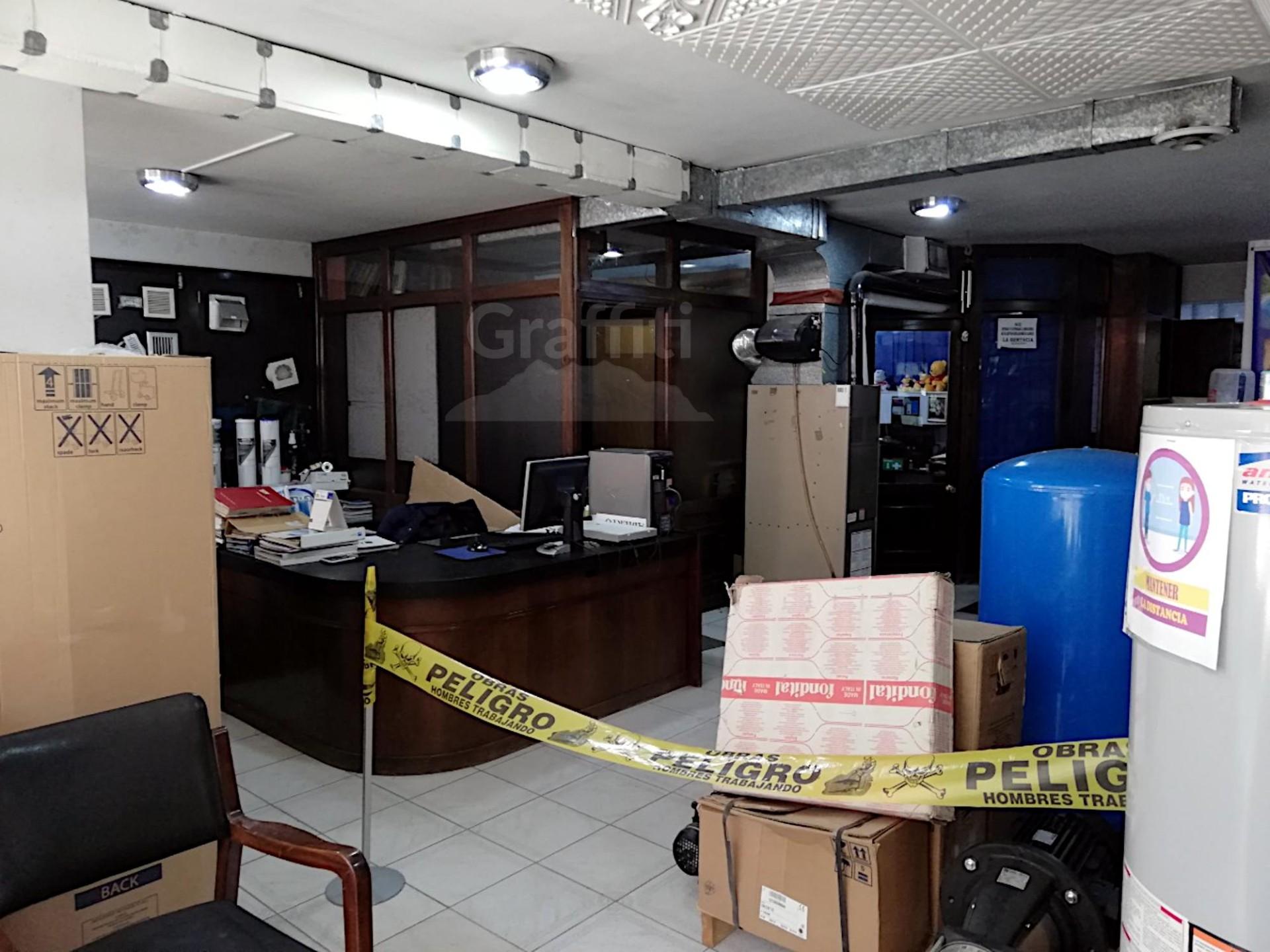 Local comercial en Venta Av. Belisario Salinas. Foto 2