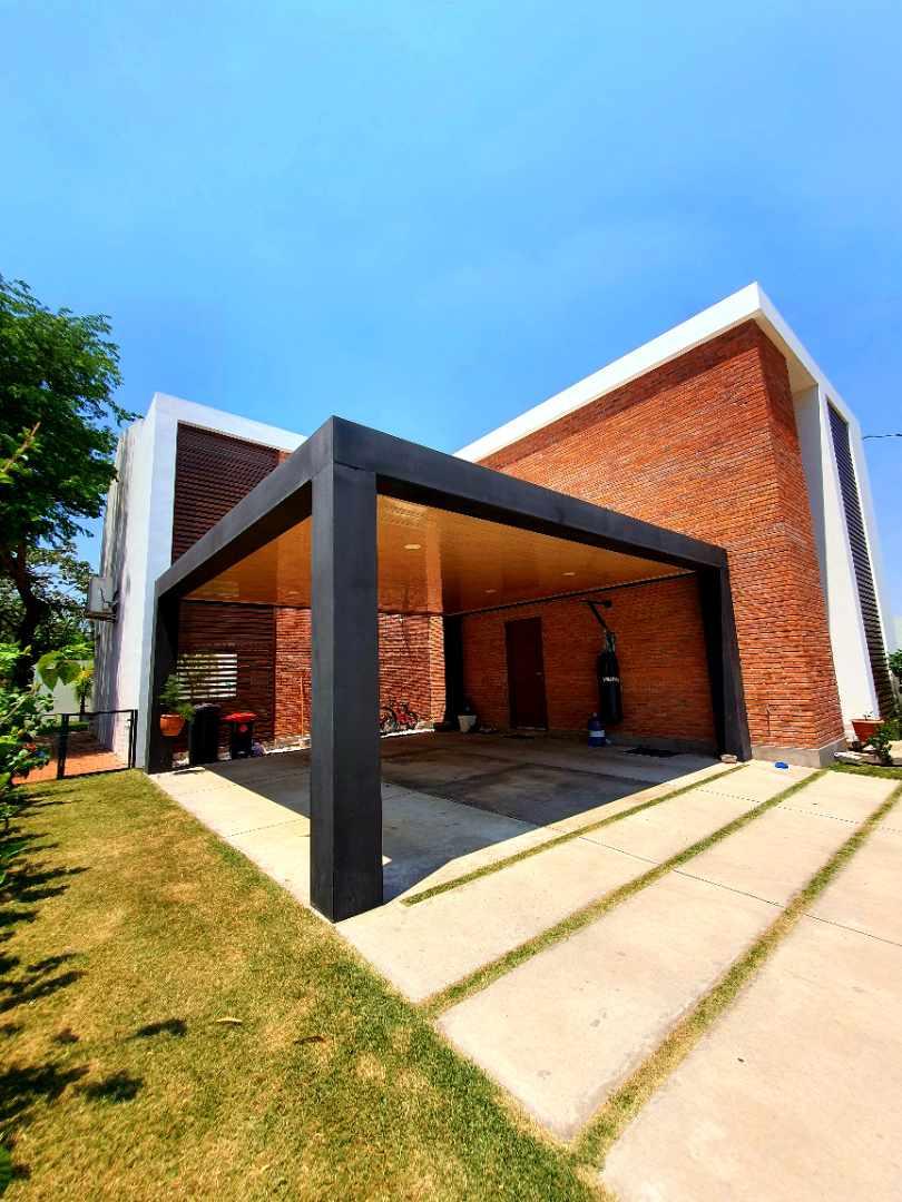Casa en Venta Urubó - Urbanizacion cerrada Foto 5