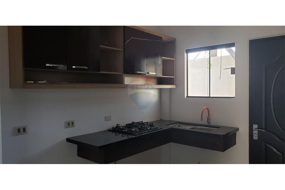 Casa en Alquiler G77 Y AV. INTERNACIONAL Foto 10