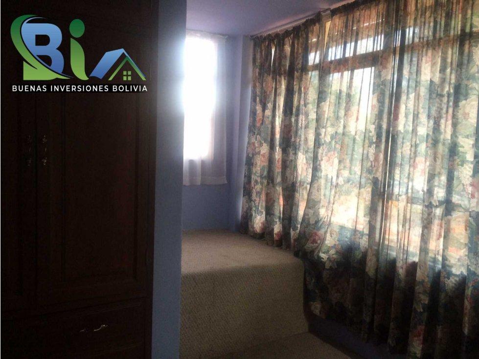 Casa en Alquiler $us 700.- CASA IDEAL OFICINA/VIVIENDA ZONA CENTRAL Foto 2