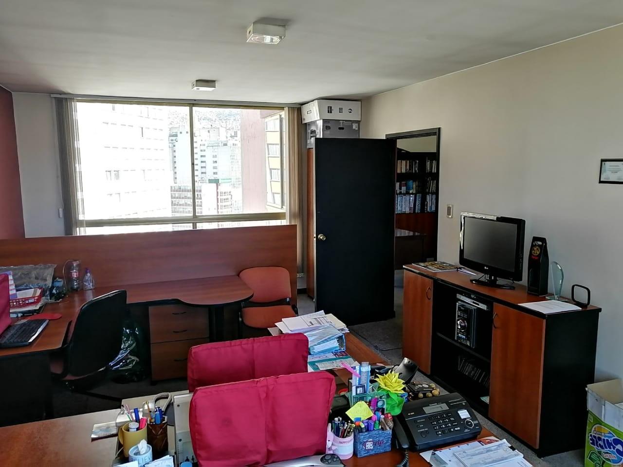 Oficina en Venta OFICINA EN VENTA A 1 CUADRA DEL PRADO Foto 6