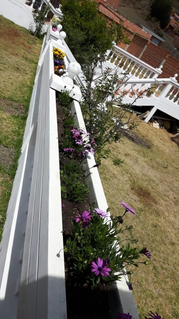 Casa en Anticretico Casa en ANTICRETICO NO MASCOTAS Las Rosas Zona Achumani La Paz todos los servicios y jardines Foto 6