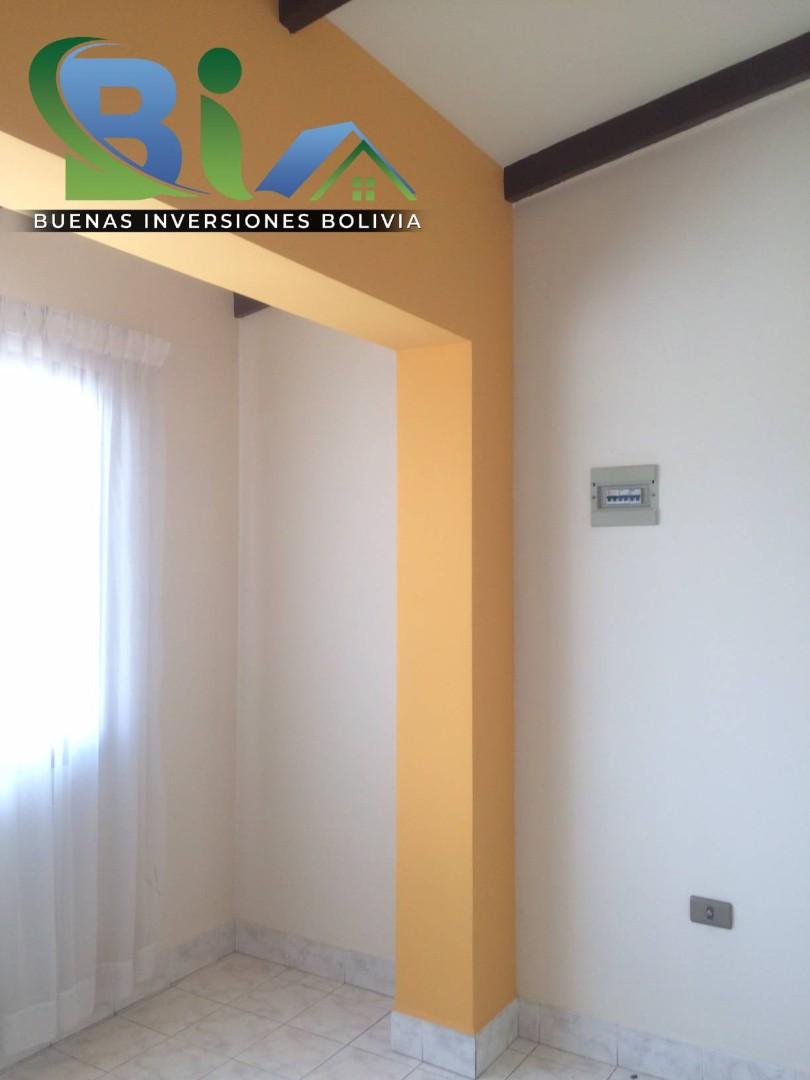 Casa en Alquiler $us.450.- CASA INDEPENDIENTE TRES PLANTAS ZONA CHIMBA PARQUE ACUATICO Foto 4