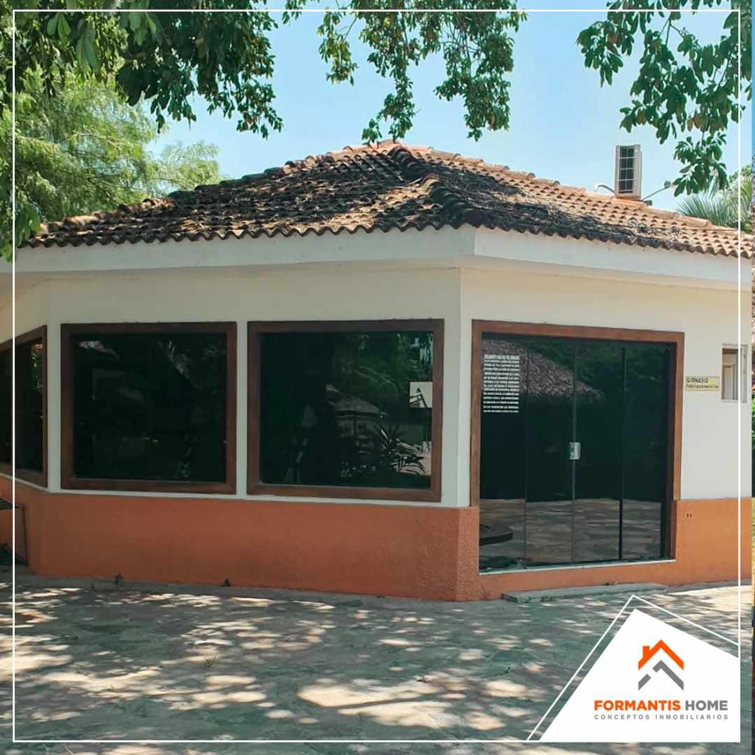 Casa en Venta REMATO CASA EN VENTA EN CONDOMINIO SANTA BARBARA, CARRETERA A COTOCA KM 7 Foto 6