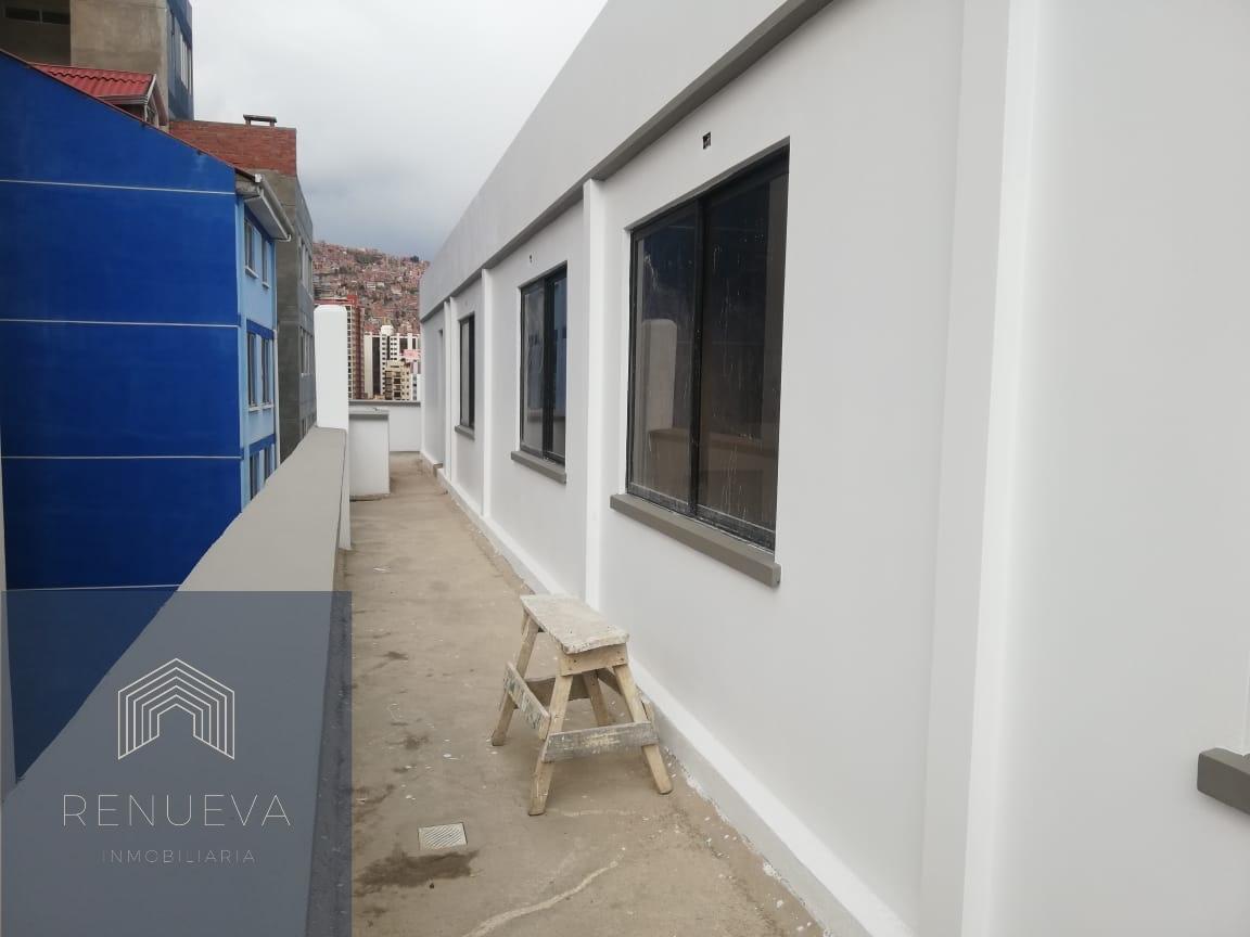 Departamento en Venta Departamento en venta con terraza  Miraflores  Foto 3